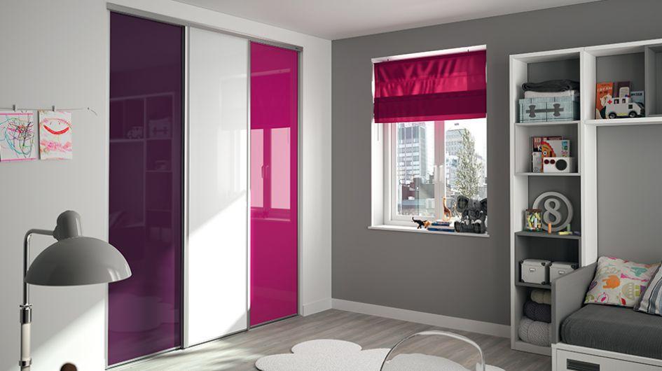 Dressing pour votre chambre portes de placard pour chambre - Idee deco porte de placard ...