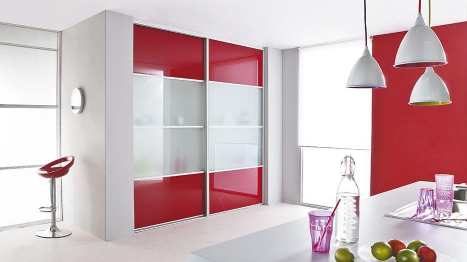 Placards sur mesure pour la cuisine - Porte coulissante en verre sur mesure ...