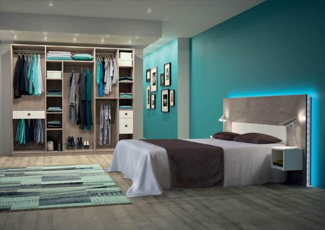 Dressing installée dans une chambre à coucher
